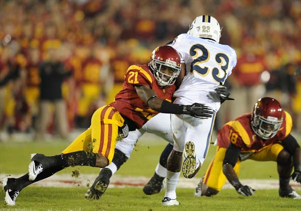 Nickell Robey tackles UCLA